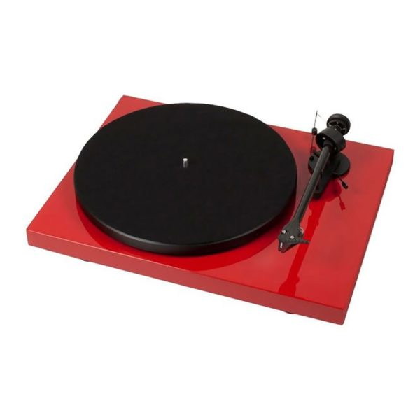 Pro Ject debut carbon dc rouge 1