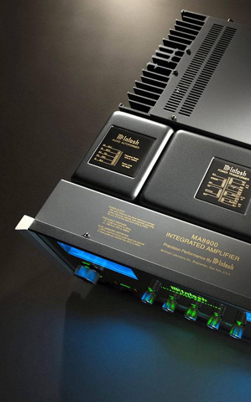 MA8900 MCINTOSH AMPLI