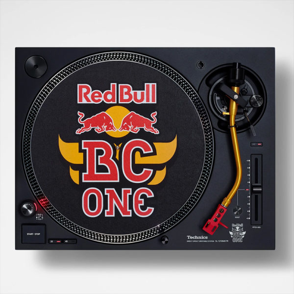 Technics SL 1200MK7R Red Bull BC One Limited Edition dessus